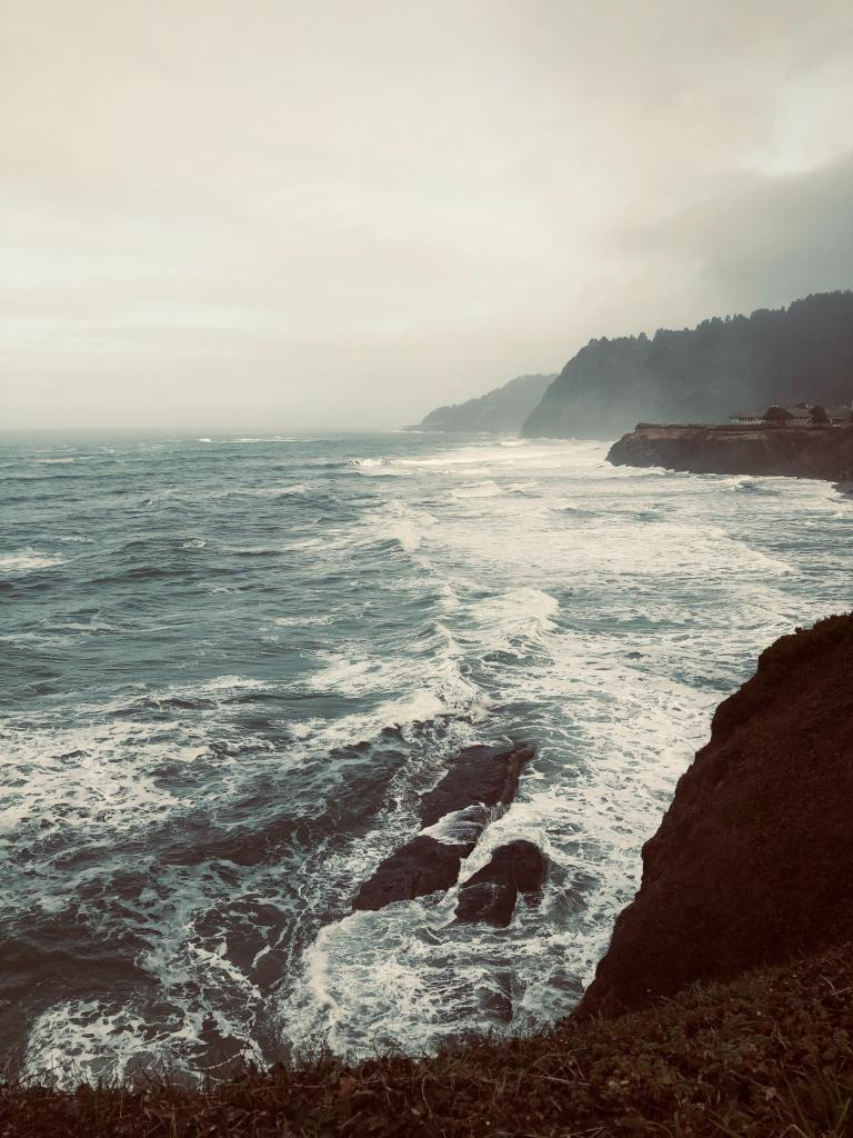 ocean waves, elaina avalos, live well be well, elaina avalos fiction, elaina avalos blog