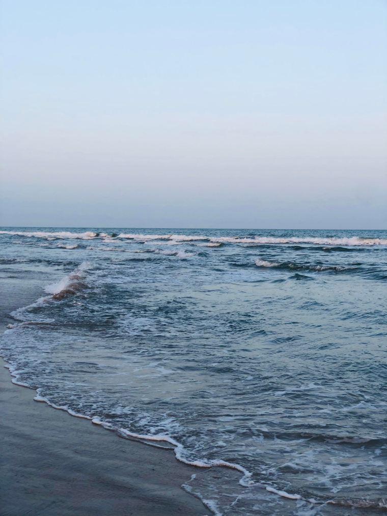North Topsail Island, Elaina Avalos, Poetry, beach, sunset